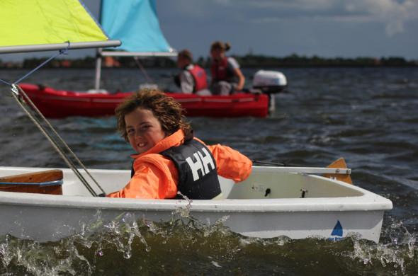 Segelboot für Kinder mieten in Friesland - Ottenhome Heeg