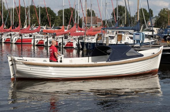 Große schaluppe mieten in Friesland - RiverCruise 26 - Ottenhome Heeg