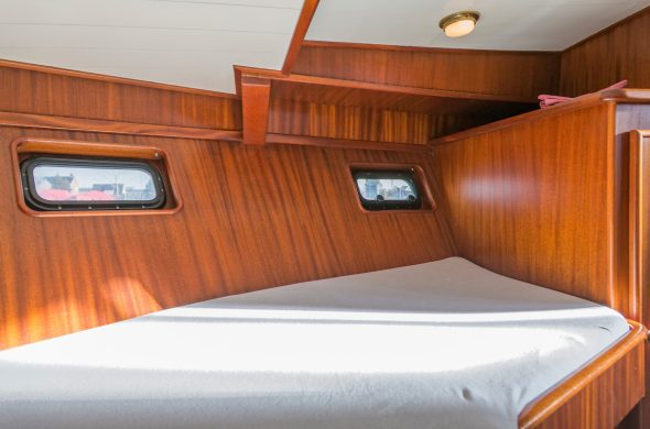 Ottenhome Heeg Foto6: Motorboot Vri-Jon Contessa 1200