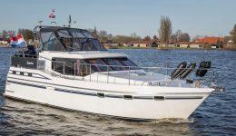 Ottenhome Heeg Foto7: Motorboot Vri-Jon Contessa 1200