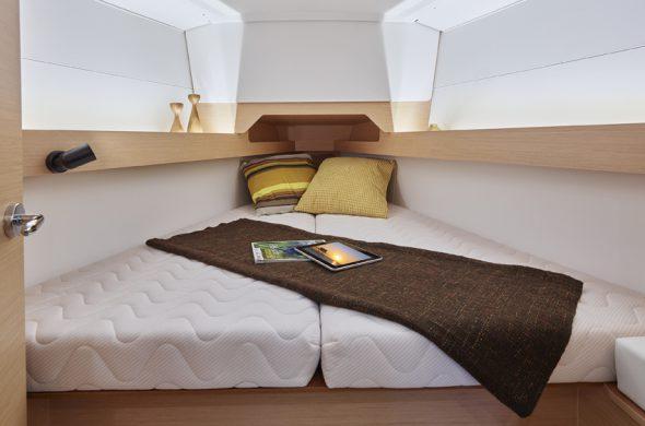 Doppelbett in die Jeanneau Sun Odyssey 349 - Ottenhome Heeg